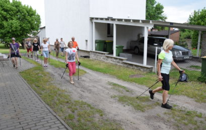 Zdrowi 50+ – nordic walking